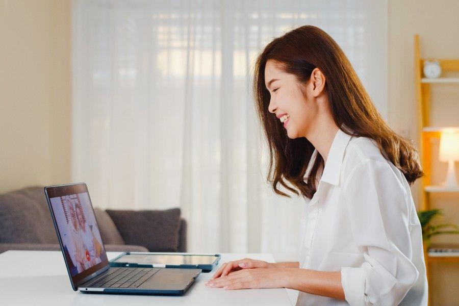digital marketer working